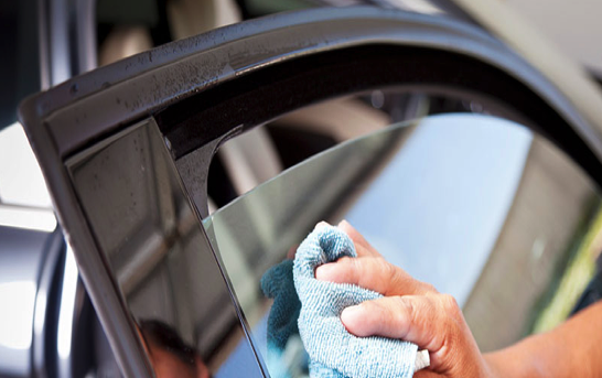 Растонировка стекол автомобиля